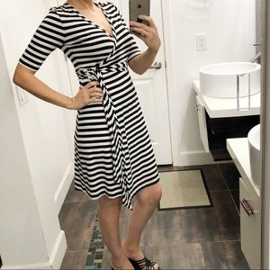 Banana Republic black & white stripes dress size S